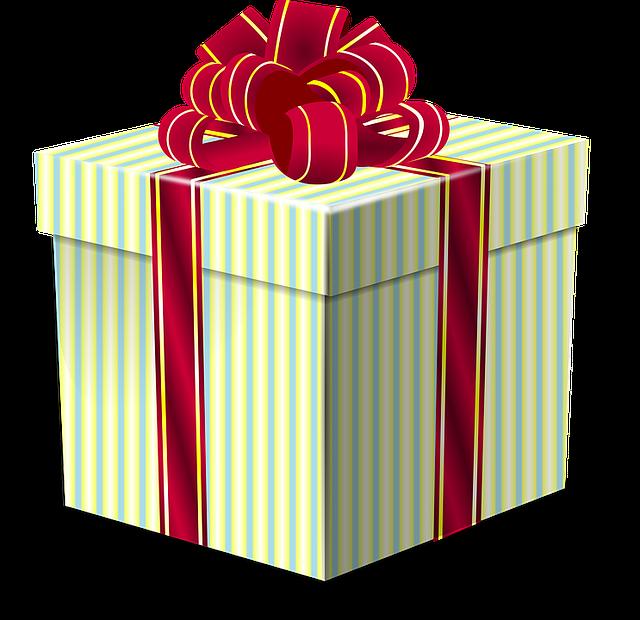 Что подарить парню на день рождения: советы по выбору подарков